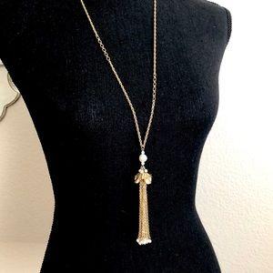 LOFT 🌷hanging golden flower long necklace NWT 🌷